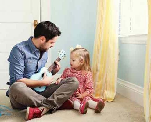 رابطه پدر و دختر باید چگونه باشد ؟
