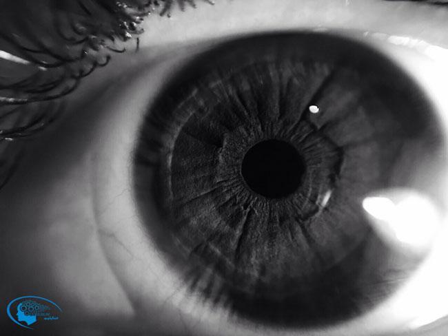 سابلیمینال رنگ چشم مشکی